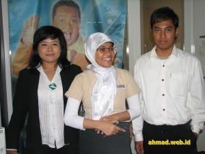 Sales Aowa di Blok M Plaza, Jakarta, 21 Juli 2006.