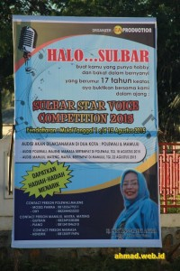 Baliho Sulbar Star Voice Competition 2015 yang dipasang di simpang empat Pertamina SImboro, Mamuju.